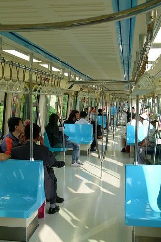台北捷運381型電聯車:內裝