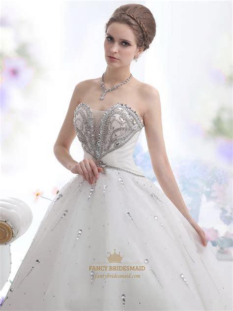 Ivory Sweetheart Beaded Bodice Ball Gown Wedding Dress