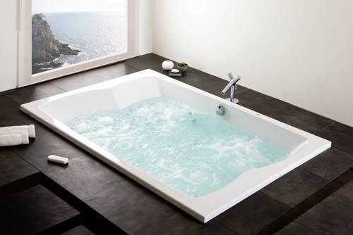 xxl badewanne f r 2 personen. Black Bedroom Furniture Sets. Home Design Ideas