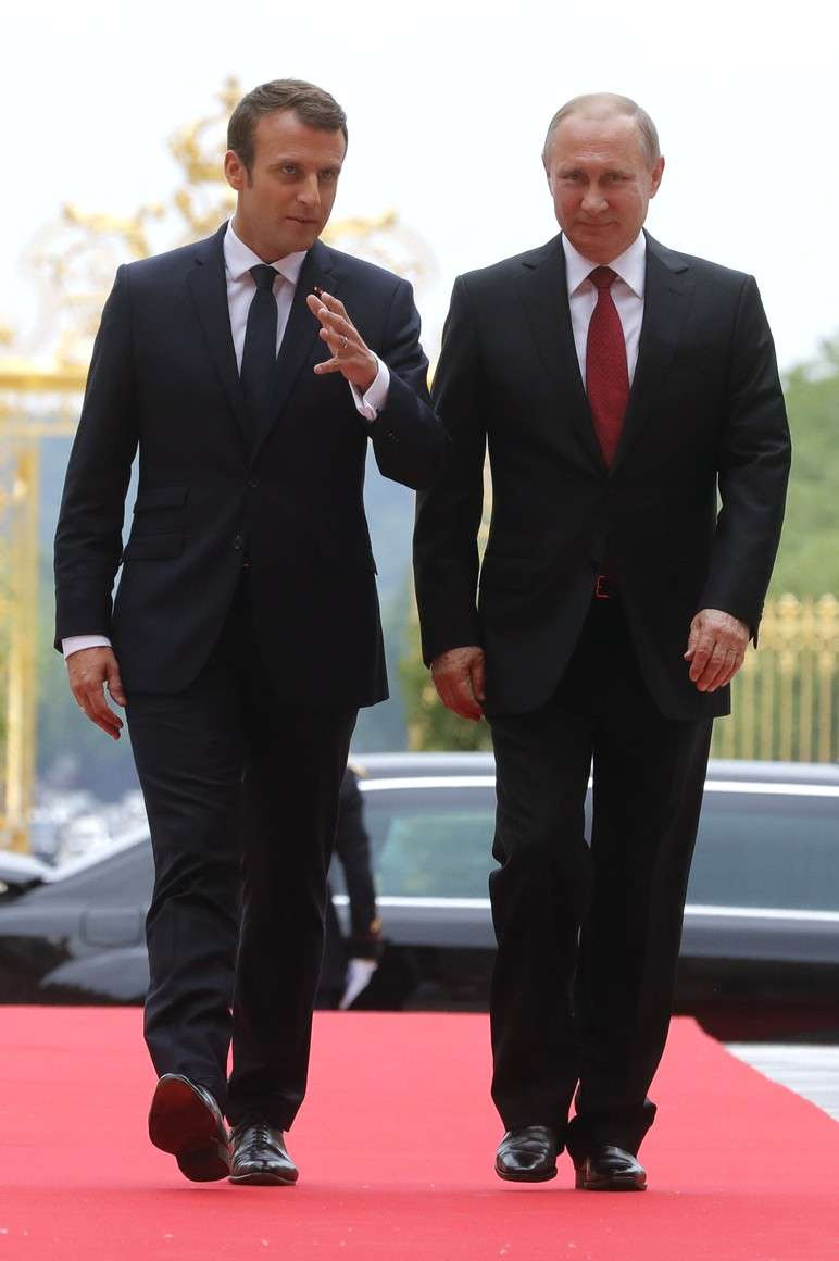 Владимир Путин встречается с президентом Франции Макроном