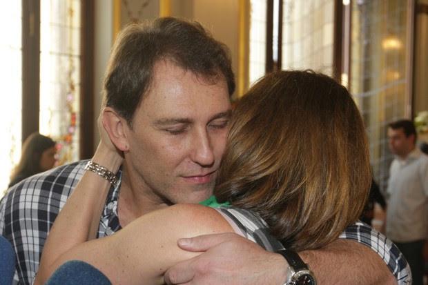 Beth Goulart e Paulo Goulart Filho (Foto: Leo Franco e Thiago Duran / AgNews)