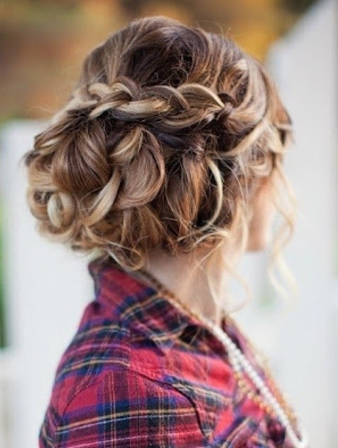Formal Hairstyle Curly Hair - Rasmi sux