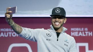Lewis Hamilton, aquest dimarts, al Mobile World Congress (EFE)