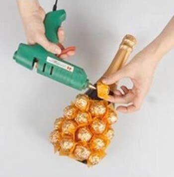 Como fazer artesanato com bombons passo a passo