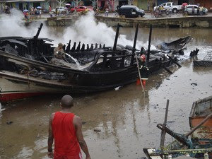 Explosão no porto do Igarapé das Mulheres, em Macapá (Foto: Dyepeson Martis/G1)