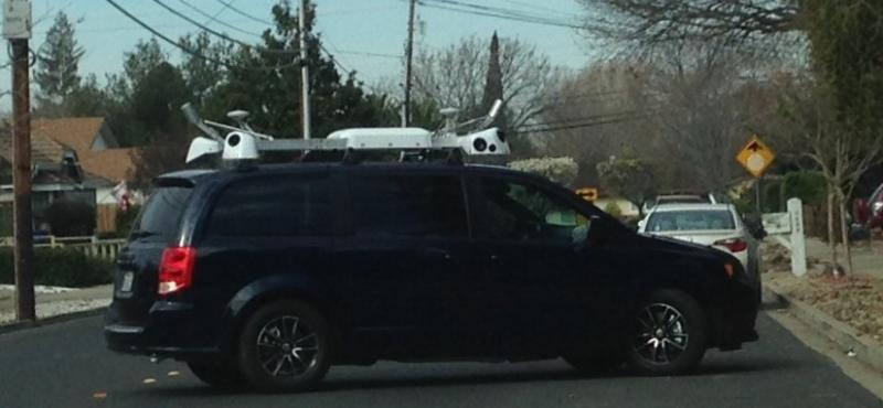 Self-Driving car (Apple?)