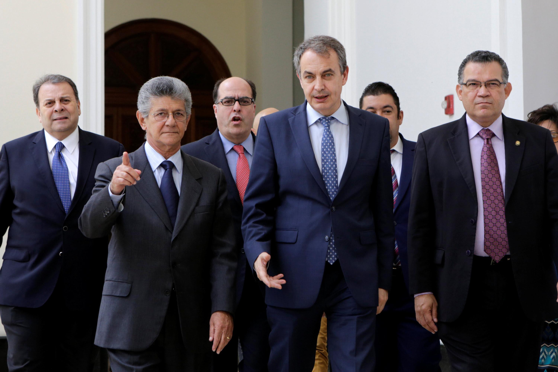 http://www.lapatilla.com/site/wp-content/uploads/2016/05-19/2016-05-19T182702Z_1619106657_S1BETEZIRUAB_RTRMADP_3_VENEZUELA-POLITICS.jpg