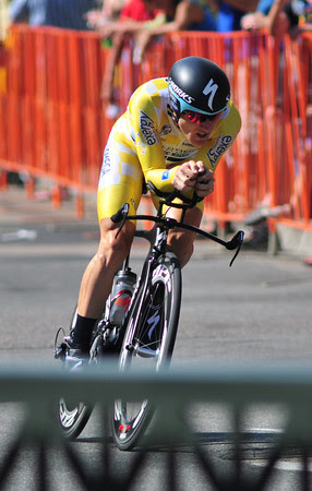 Levi in race-leading yellow