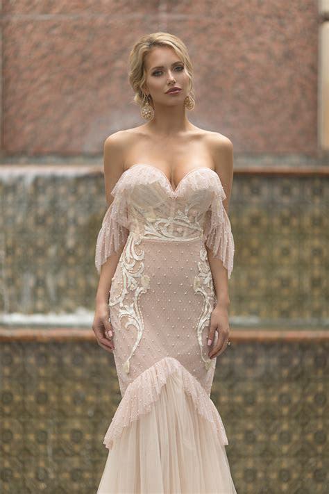 stunning sophisticated  sensual wedding dresses
