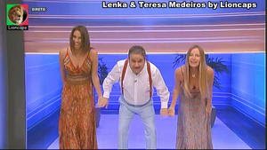 Lenka e Teresa Medeiros as belas assistentes do Preço Certo