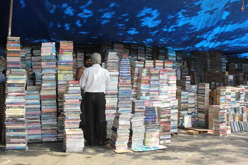 Second Hand Bookstalls of  Fountain by firoze shakir photographerno1