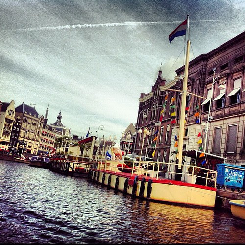 Quintessentially Amsterdam---except for that jet trail in the sky.