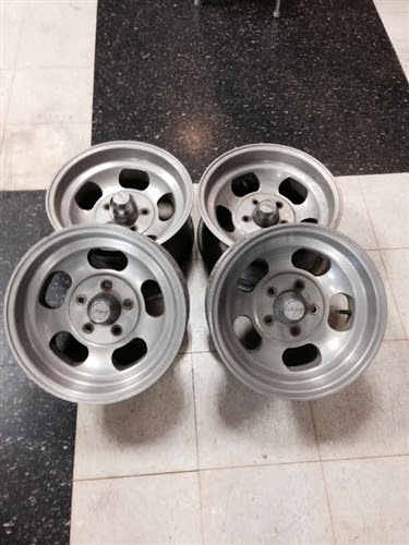 Mickey Thompson Wheels Aluminum Slotted Set Of 4  Used