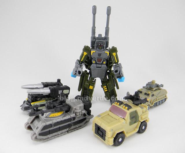 Transformers Bombshock con Combaticons Power Core Combiners - modo robot con Drones
