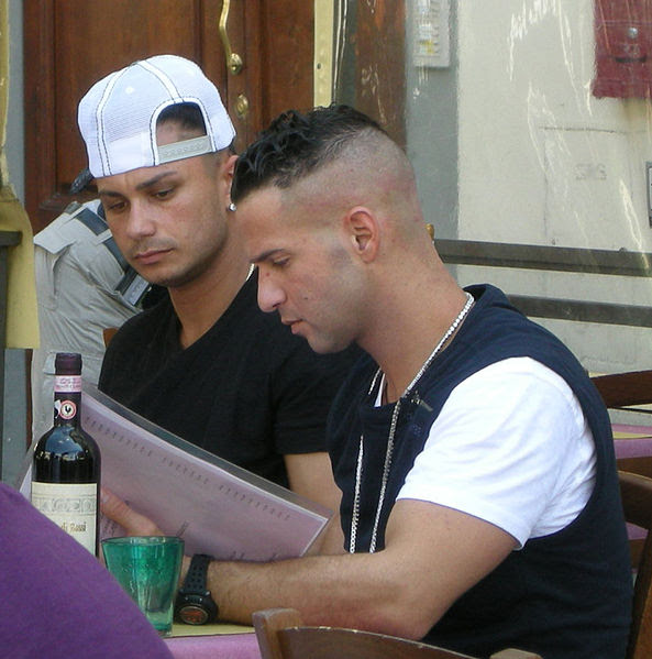 File:Jersey shore guys, shooting in Florence, may 2011.JPG