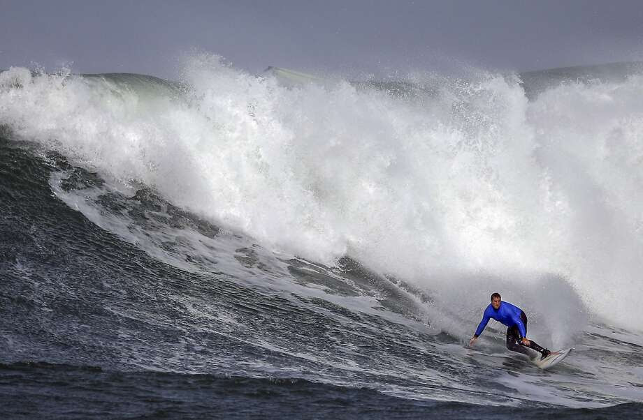 Ben Wilkinson rides a wave in heat number three in the first round of the Titans of Mavericks competition in Half Moon Bay , Calif., on Friday, February 12, 2016. Photo: Carlos Avila Gonzalez, The Chronicle