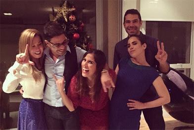 Zezé Di Camargo troca farpas com internautas após passar Natal com toda a família - Repprodução