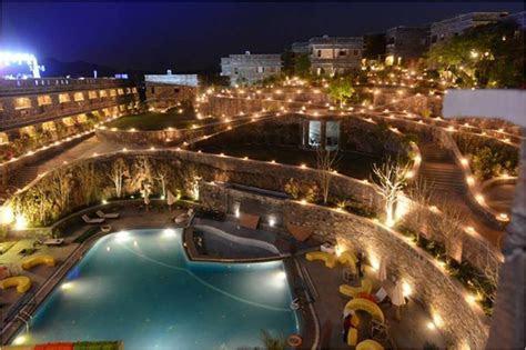 Udaipur as a Wedding Destination : This is where royal