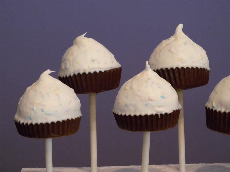 Cupcake Pops - Closeup Detail