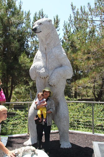 Jovie and Grandma get eaten by a polar bear