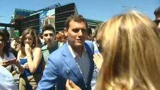 El líder de Ciutadans, Albert Rivera, fent campanya aquest dilluns a Galícia