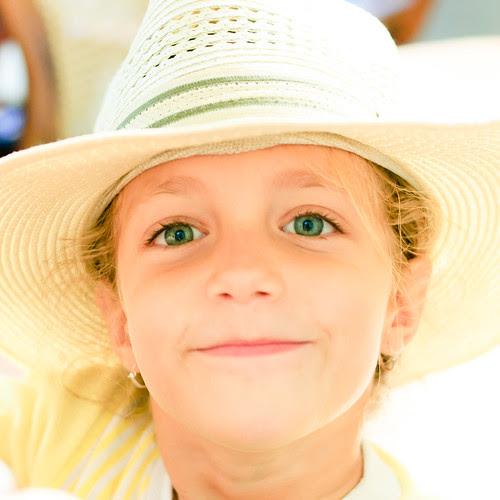 La niña del sombrero