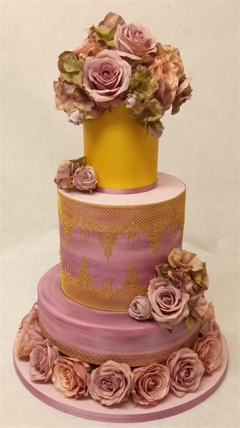 Galleries   Sugarpaste Wedding Cakes   Donna Jane Cakes