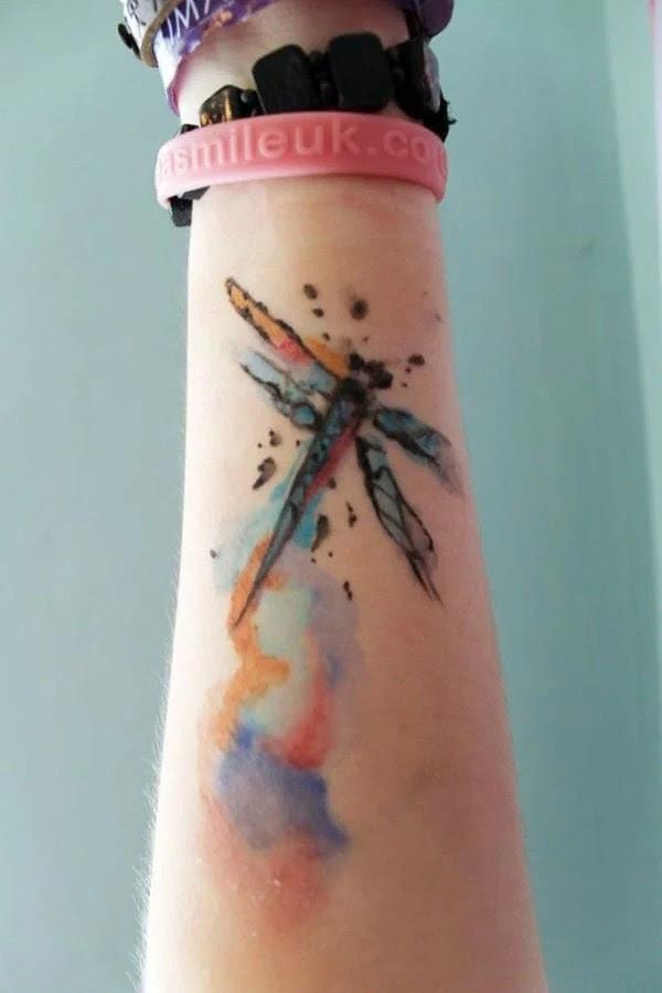 75 desenhos de tatuagem de libélula bonito e sexy 53 por Bryan