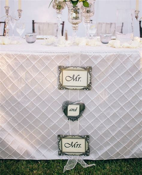 Best 25  Wedding table linens ideas on Pinterest   Banquet