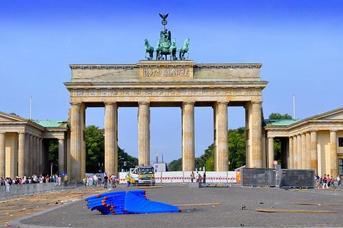 "Brandenbuger Tor ""Reste der WM"""