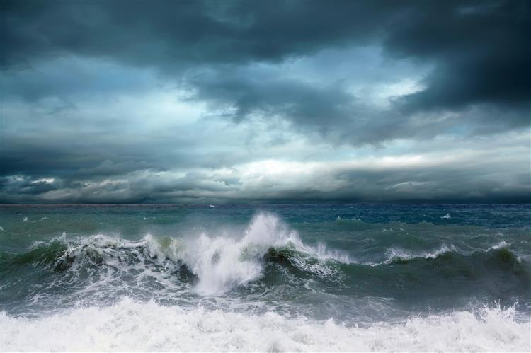 Navio com 49 tripulantes desapareceu no Atlântico