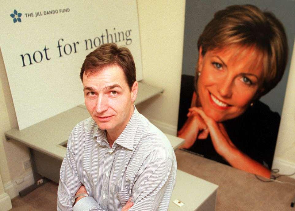 Mr Farthing estaba comprometido con la presentadora de la BBC Jill Dando cuando fue asesinada a tiros en abril de 1999