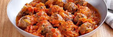 Cheesy Meatballs In Vegetable Sauce