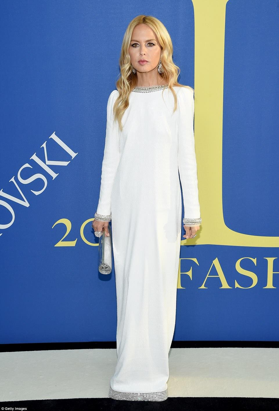 Visão em branco: Rachel Zoe olhou cada centímetro o super estilista para as estrelas