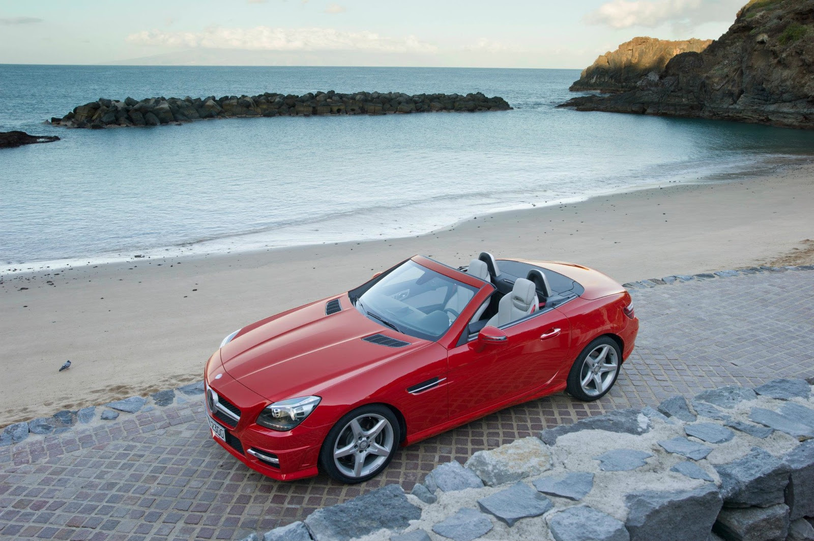 2013 Mercedes-Benz SLK Recalled Due To Airbag Issue