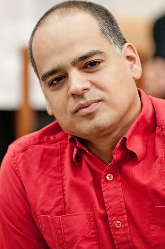 Andrés Izarra. Foto: Roberto Chile