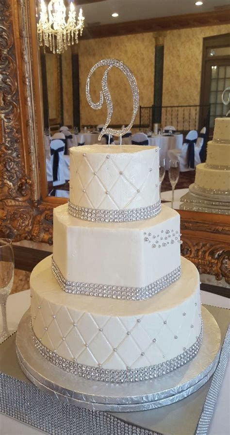 Three tier bling wedding cake with hexagon shape, quilted
