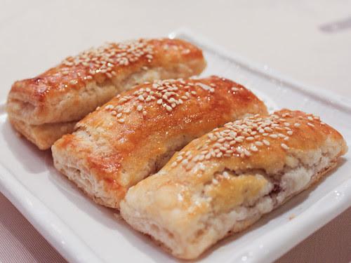 Char siu pastries (新樂 Shamrock Seafood Restaurant)