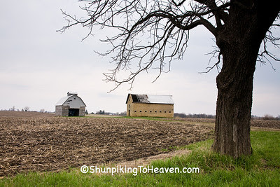Stone Barn and Corn Crib, LaSalle County, Illinois