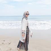 34 Info Terpopuler Baju Pantai Untuk Wanita Hijab