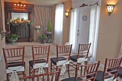 affordable small wedding chapel  michigan elope  short