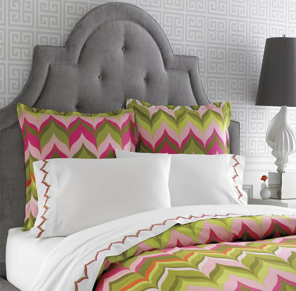 Gray-room-colorful-modern-chic-bedding