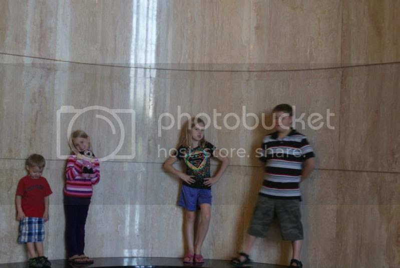 Inside the capitol! photo 1235475_10201857333545415_513137872_n.jpg
