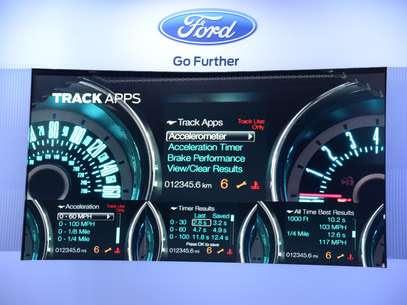 Com a evolução, todomotorista terá comandos de voz mais fáceis, GPS e informaçeos em tempo real sobre o desempenho do veículo Foto: Divulgação