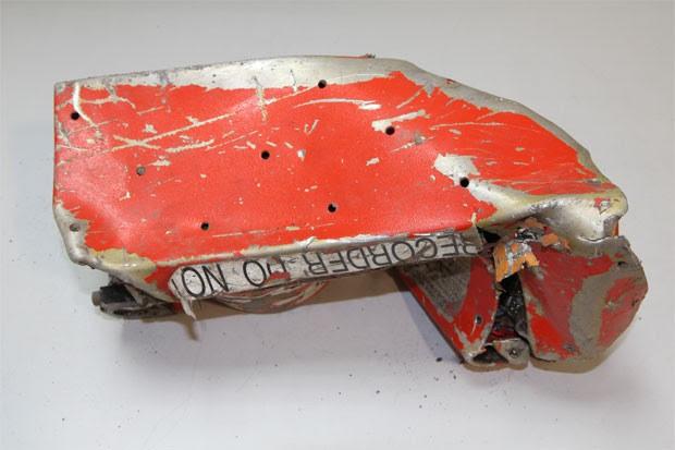Apesar dos danos, as autoridades esperam conseguir recuperar os dados da caixa-preta (Foto: BEA)