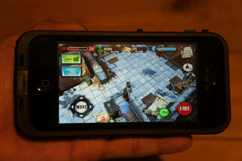 LifeProof fre iPhone 5 Case DSC04480