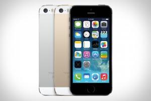 iphone 5s 300x200 مقارنة بين جالاكسي اس 5 و ايفون 5 اس