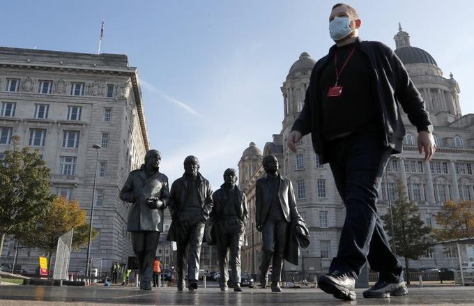 «QUÉDENSE EN CASA»: LOS EUROPEOS SE ENCIERRAN PARA FRENAR LA PANDEMIA
