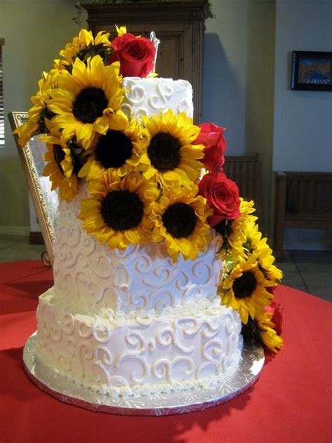 1000  ideas about Sunflowers And Roses on Pinterest