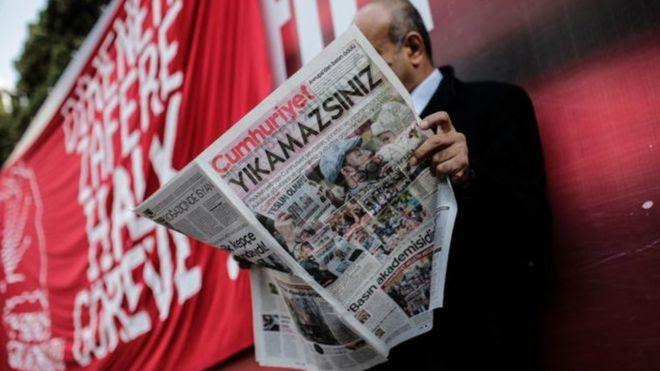 بازداشت روزنامه نگاران